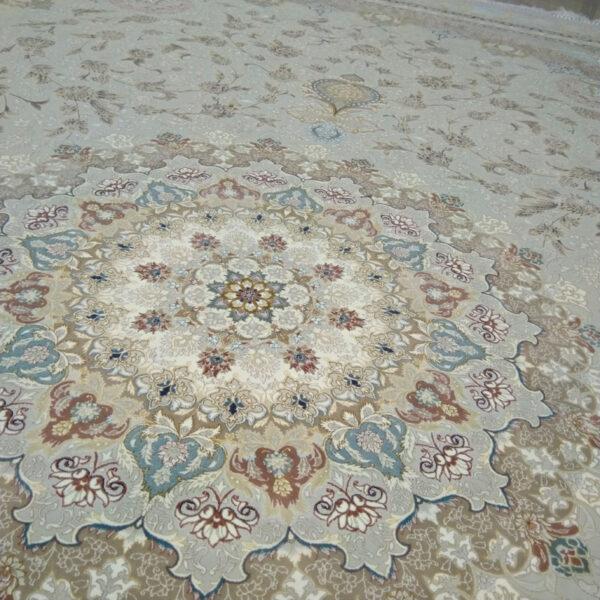 فرش ماشینی قیطران طرح نگار زمینه کرم