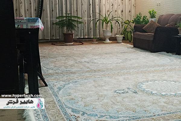 فرش کرمی