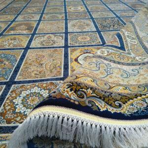 فرش ماشینی قیطران طرح مهرو زمینه سرمه ای