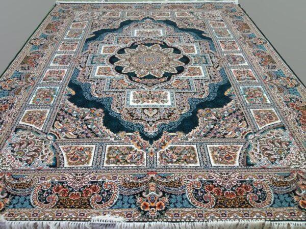فرش ماشینی الماس کویر طرح حوض نقره زمینه سرمه ای