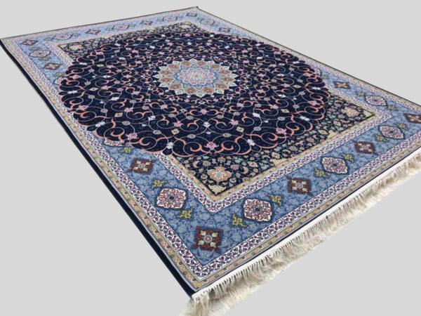 فرش شاهکار صفویه طرح شبستان زمینه سرمه ای